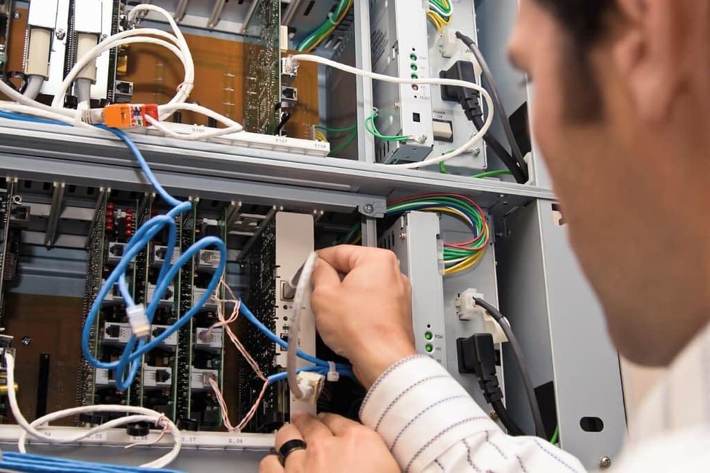 IT Network Installation DriniaTech